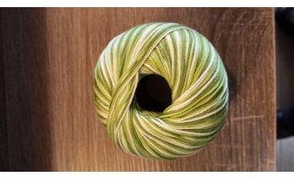 Schulgarn color, Grüntöne-Winterweiss